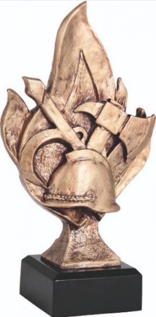 ПОЖАРНЫЙ  2002  фигура литая